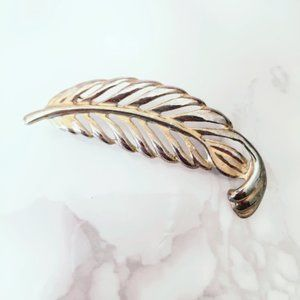 Feather Brooch Pinup Vintage